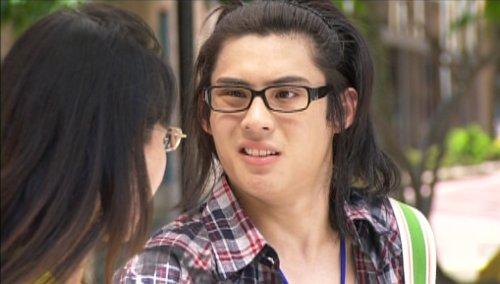 Ah Ke awkwardly practises confesses his feelings of love