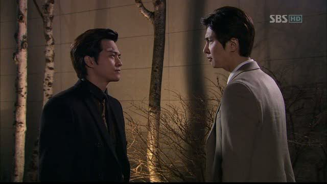 The inevitable confrontation between lead guy and second lead guy!